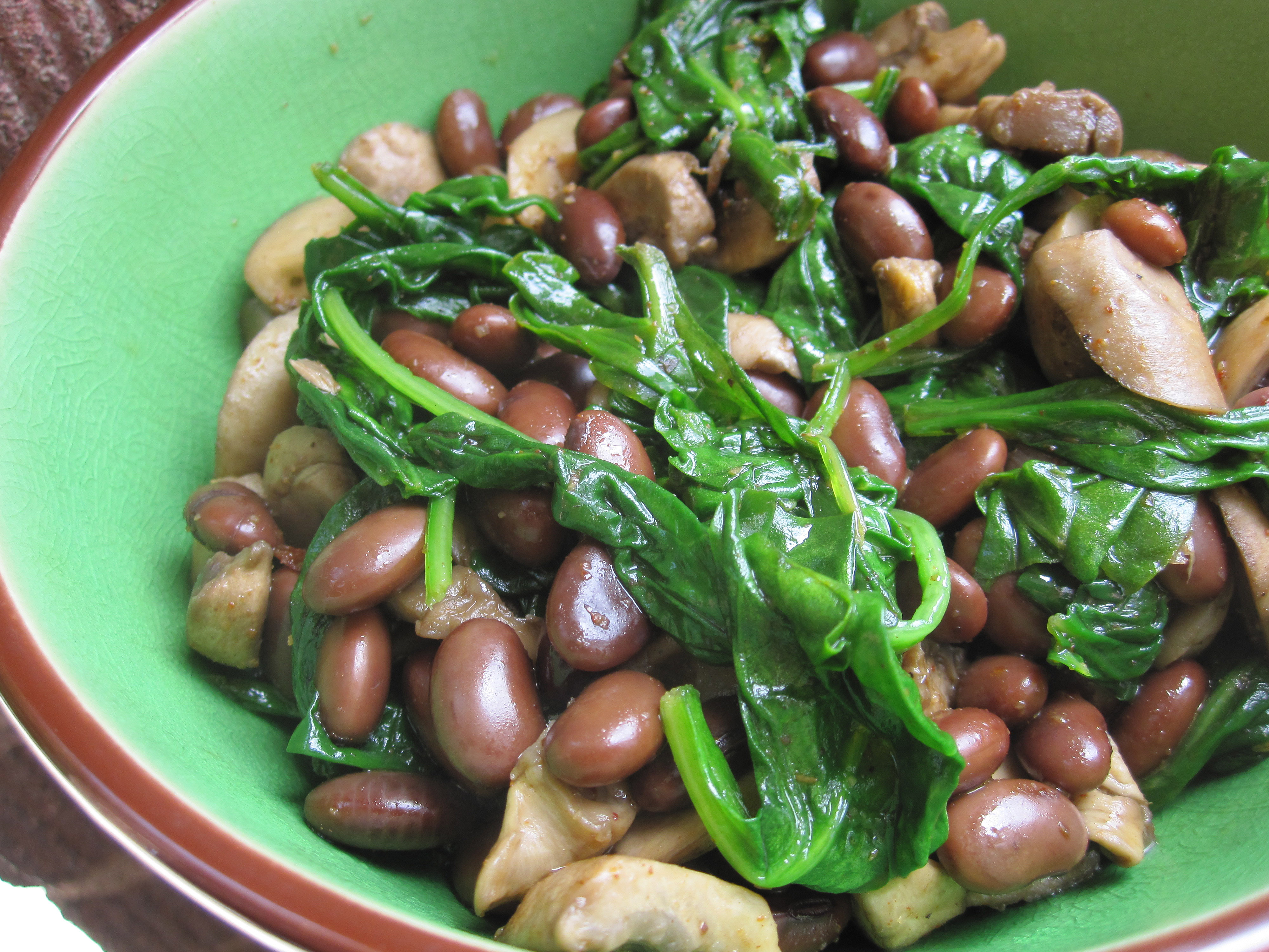 Easy Spinach, Black Soy Bean & Mushroom Stir Fry