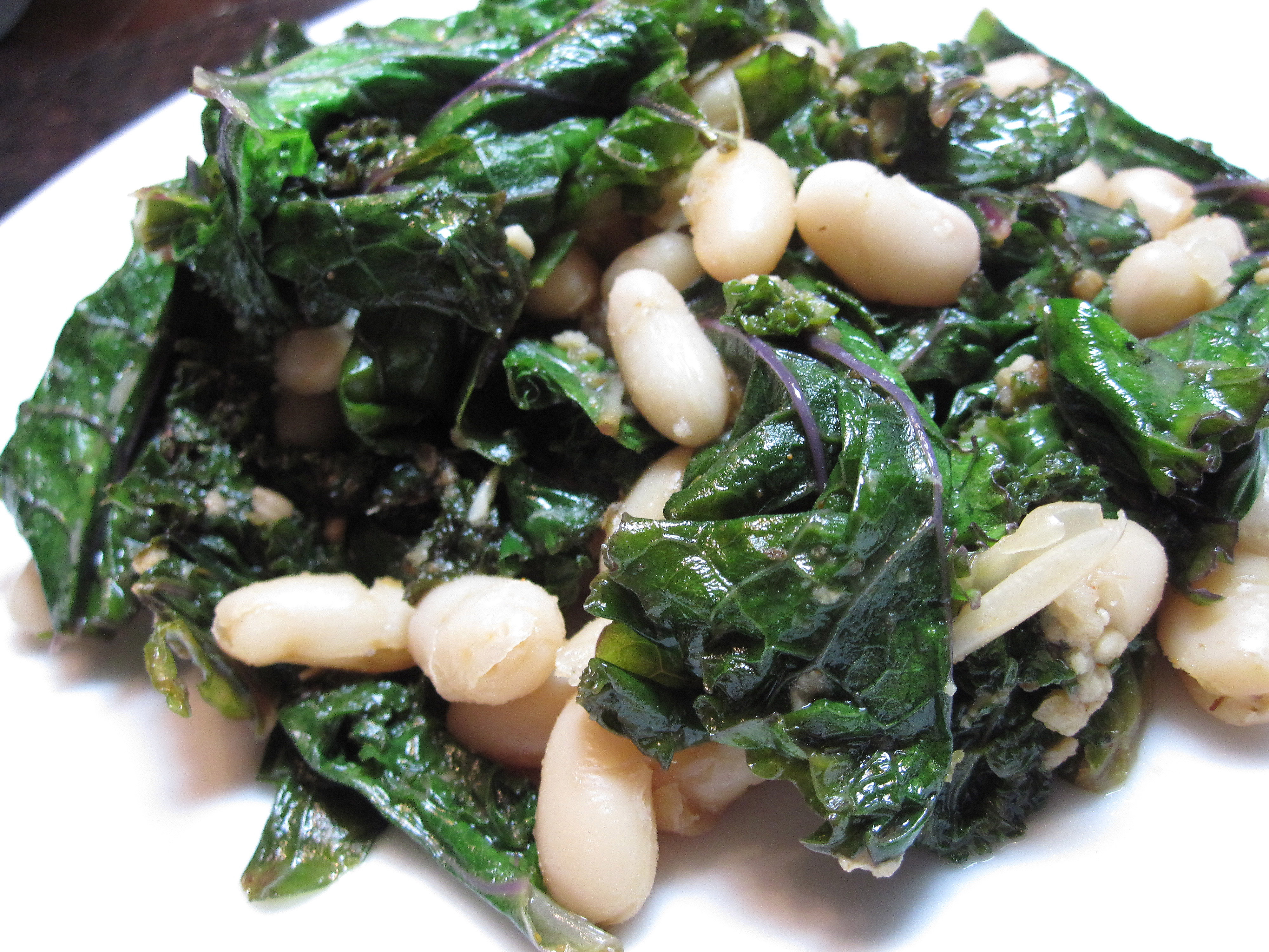 Cannellini Beans With Sauteed Kale From The Mediterranean