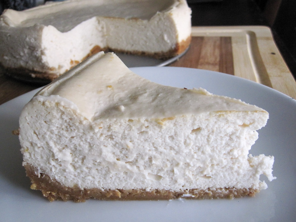 Eggless Vegan Fluffy Cheesecake