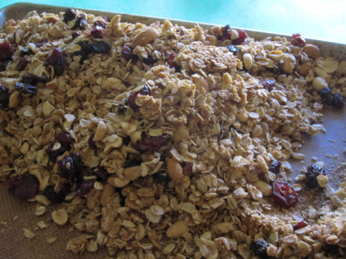 Easy Vegan Granola Recipe-3