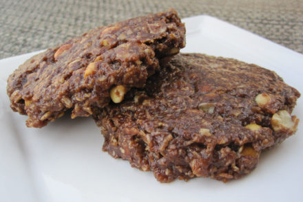Vegan Chocolate Peanut Butter No Bake Cookies-3