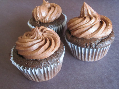 chocolate mousse cupcakes-2
