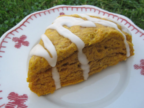 Pumpkin Scones with Maple Nutmeg Icing-2