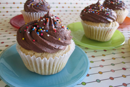 Yellow cake with creamy chocolate frosting-2