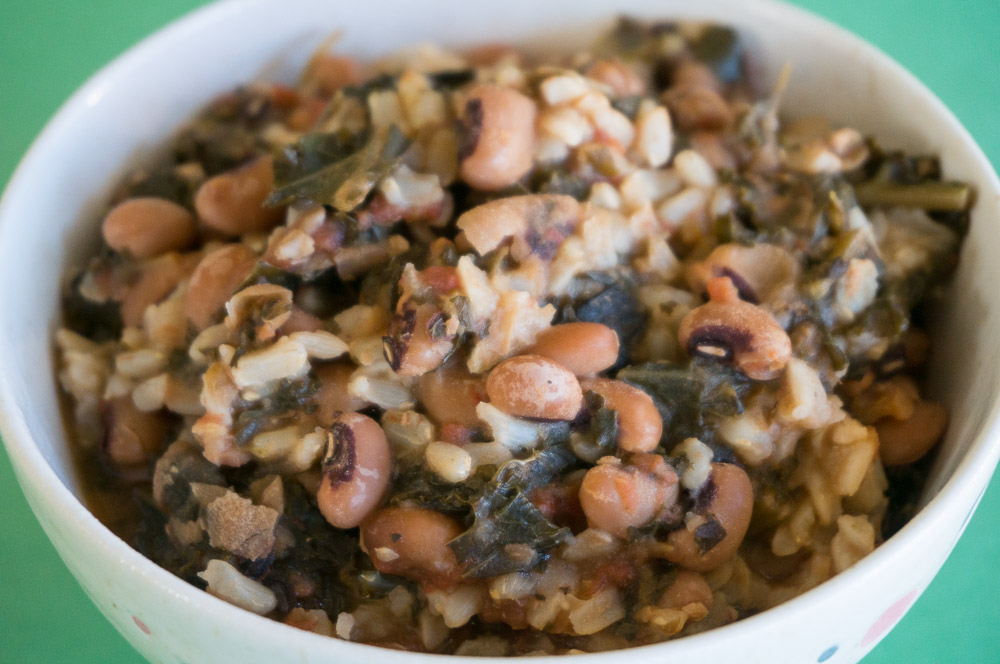 Vegan Slow Cooker Hoppin' John Recipe #SundaySupper