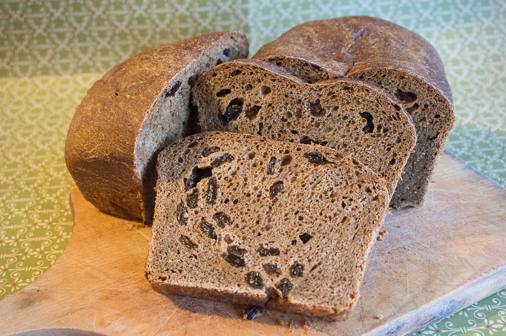 Auntie Joan's Raisin Bread Recipe
