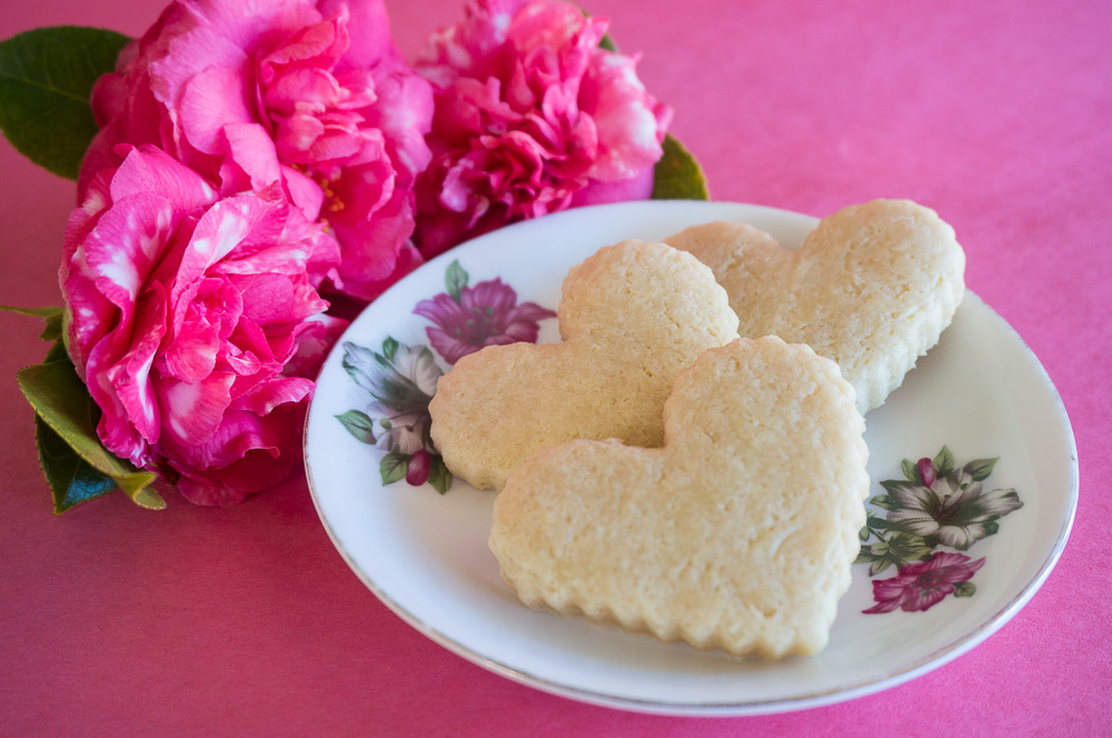 German Rose Water Sugar Cookies For Two #SundaySupper