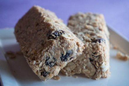 no-bake peanut butter energy bars-3