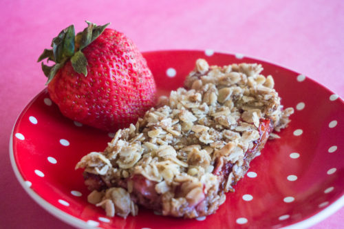 Strawberry Rhubarb Crisp Bars-3