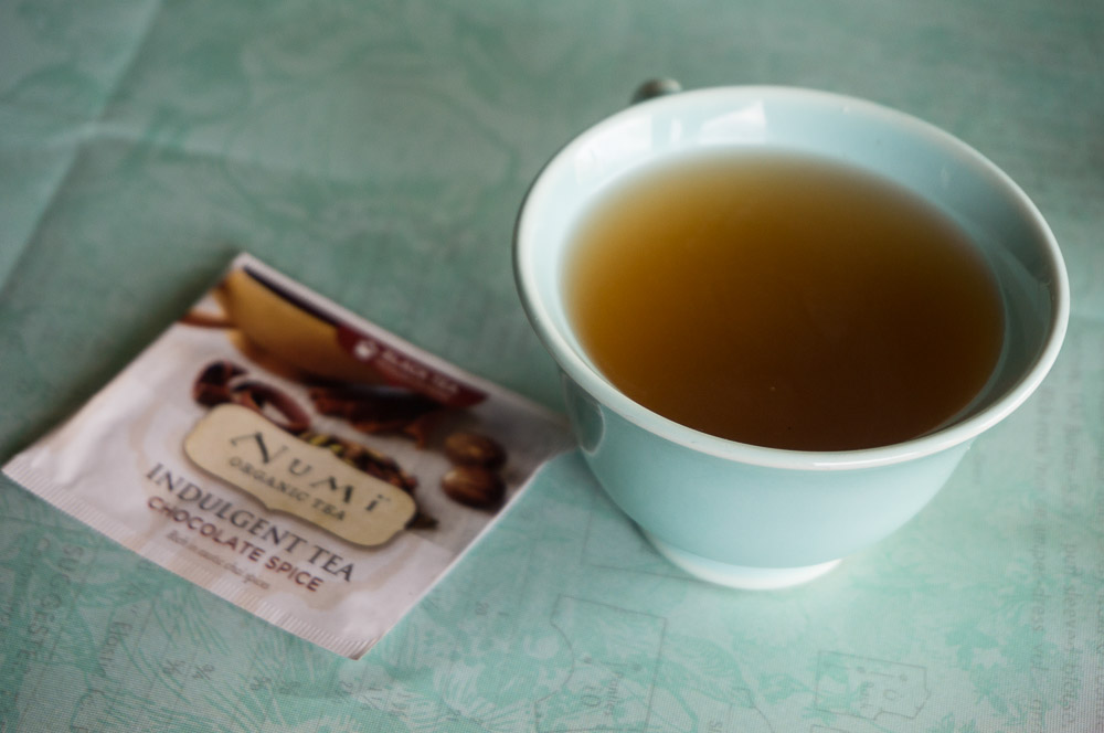 numi indulgent chocolate spice tea