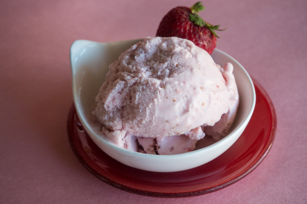 Vegan Strawberry Ice Cream Recipe #SundaySupper