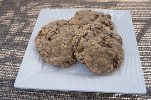 Oatmeal Cookies with Golden Raisins and Maple Syrup