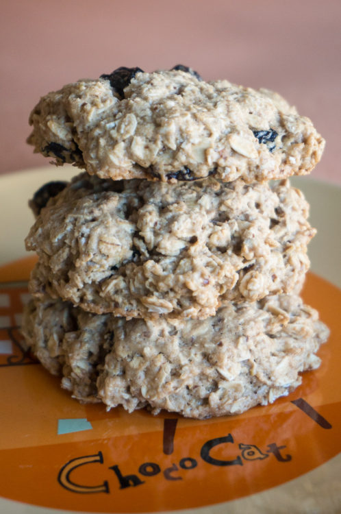 jumbo oatmeal raisin cookies-3