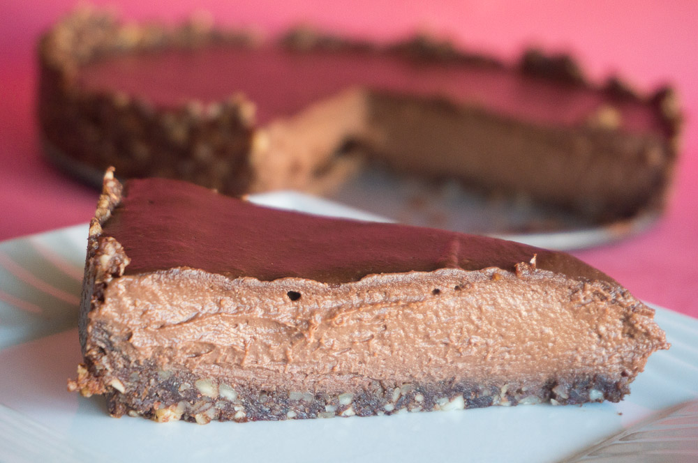 Raw Vegan Chocolate Cheesecake Recipe #SundaySupper