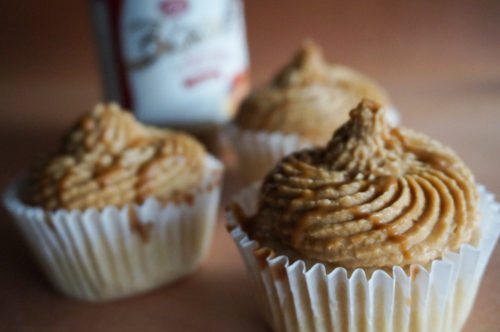 cupcakes with Speculoos Cookie Butter Frosting-2