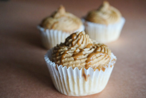cupcakes with Speculoos Cookie Butter Frosting-3