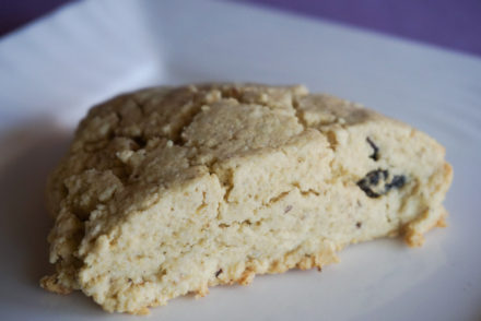 GLUTEN FREE IRISH SODA BREAD SCONES-3